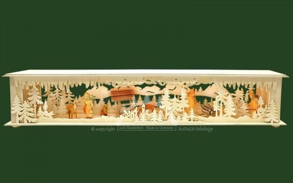 Raumleuchte gr., Wald, Berge, 3 geschnitzte Figuren