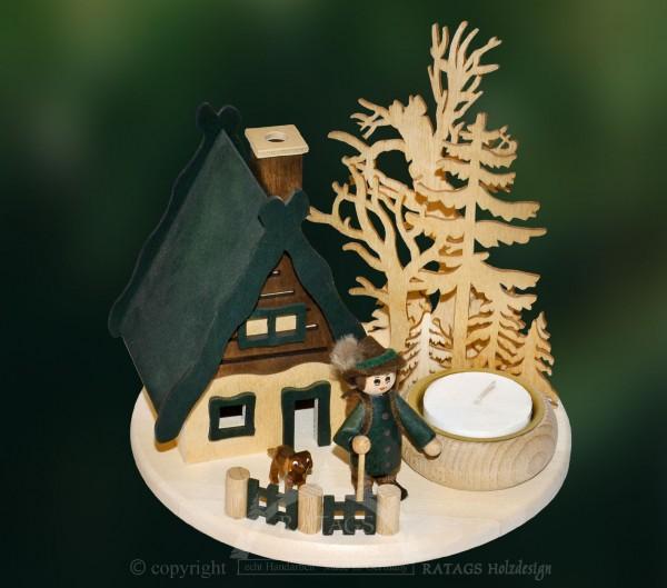 Raeucherhaus mit Wildhueter, Weihnachten, echt Erzgebirge