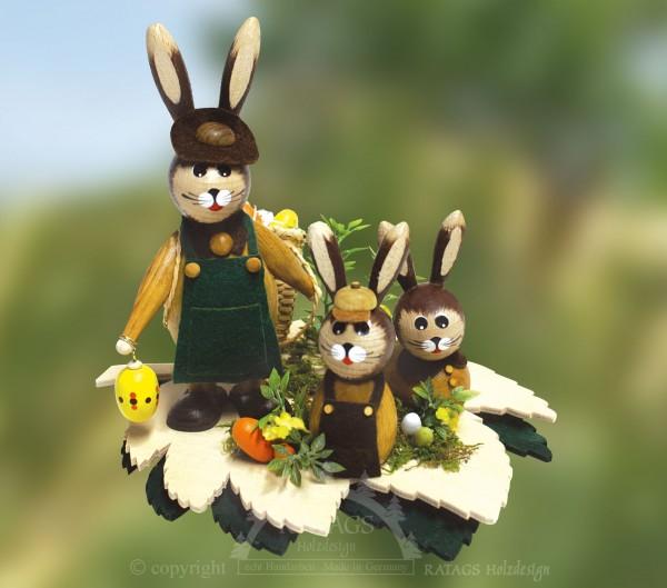 Hasen auf Blatt mit Eiern und Korb, Ostern, echt Erzgebirge