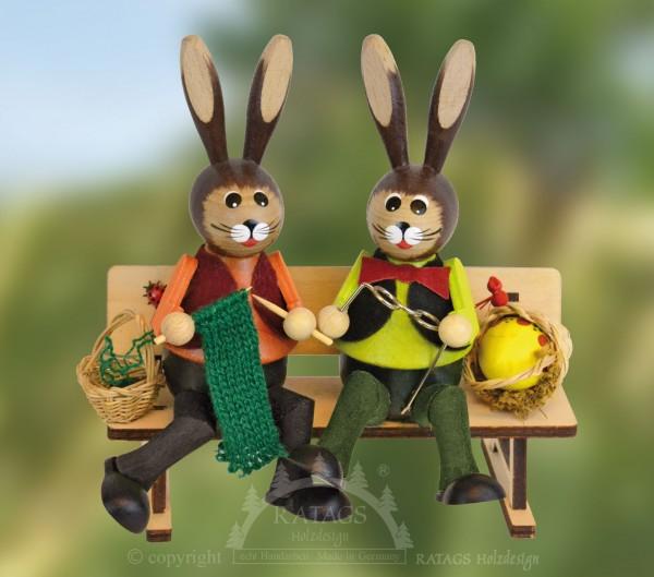 Hasenbank gro=DF mit Korb und Ei, Ostern, echt Erzgebirge