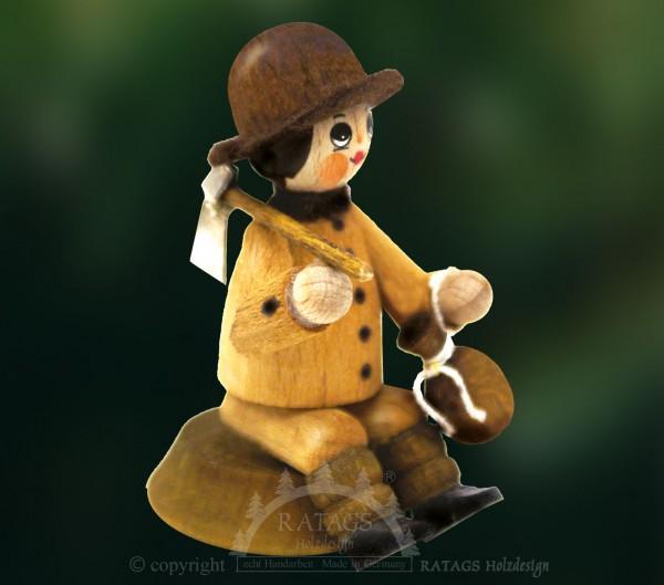 Figur, Waldarbeiter sitzend auf Baumstumpf